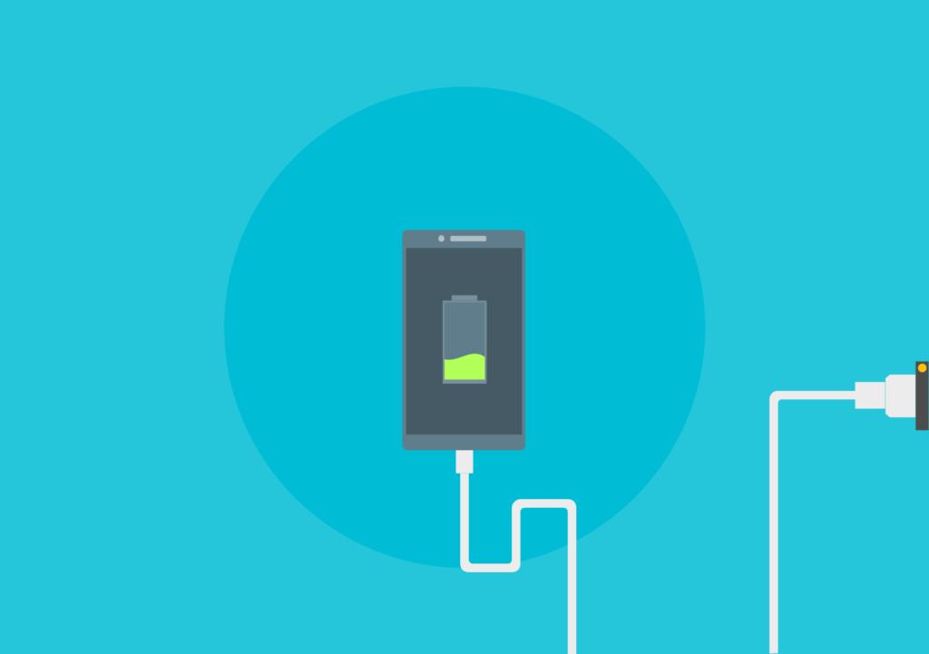 Как правильно заряжать телефон: распространённые мифы